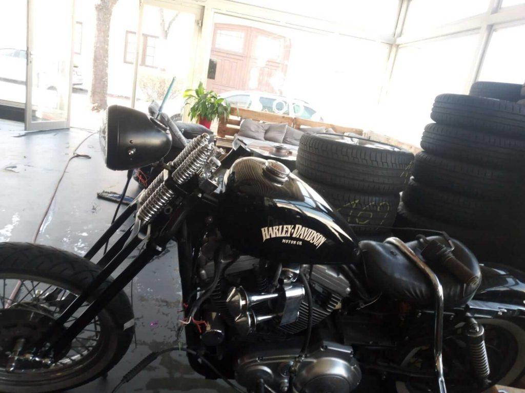 Harley Davidson Sportster mit Springergabel